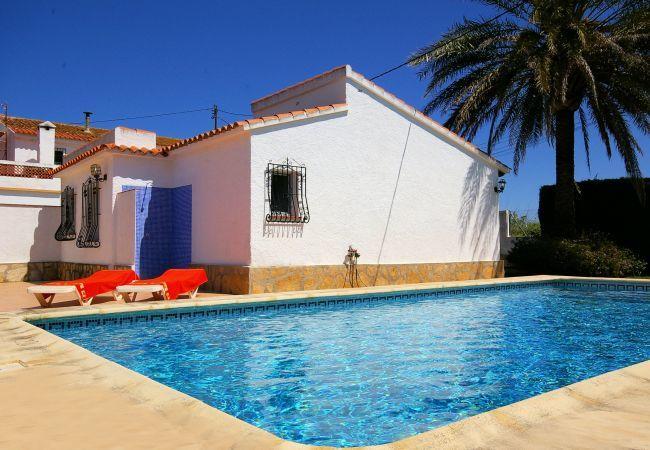 Villa in Denia - 002 Villa Azul